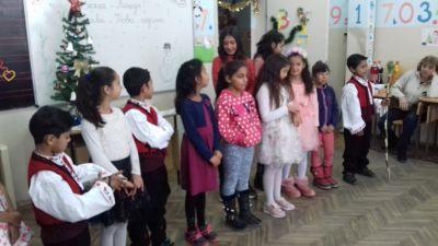 Коледно тържество на втори клас - 21.12.2018 г. - 9 ОУ Пейо Крачолов Яворов - Благоевград
